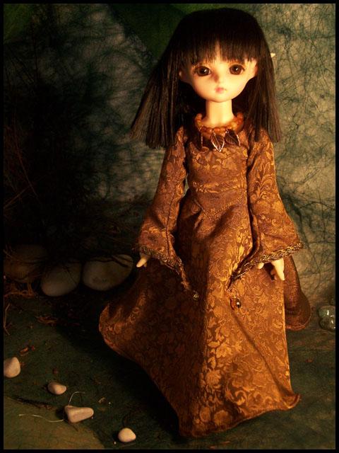 La couture de Ceselha/ajout tenue Elfe d'Emeraude p5 Robe1