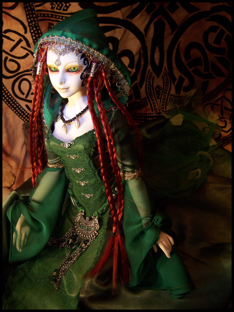 La couture de Ceselha/ajout tenue Elfe d'Emeraude p5 - Page 5 Greenelf11